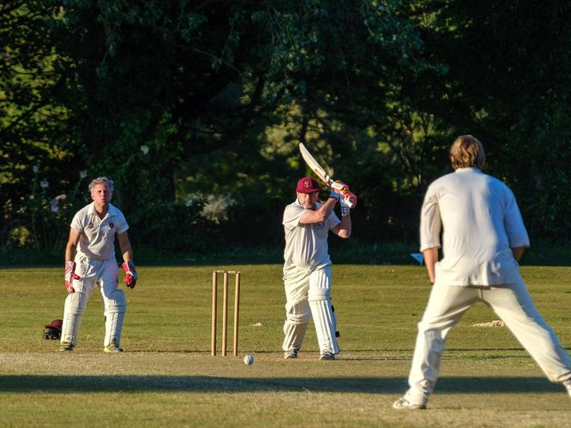 Action as the Gentlemen of Firle take on the Gentlemen of Lewes / Pictures by Graham and Finn Carlow