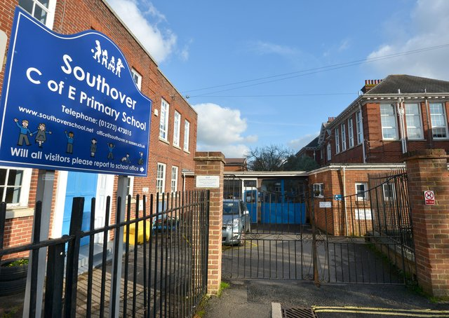 Southover School, Lewes SUS-181121-213951008