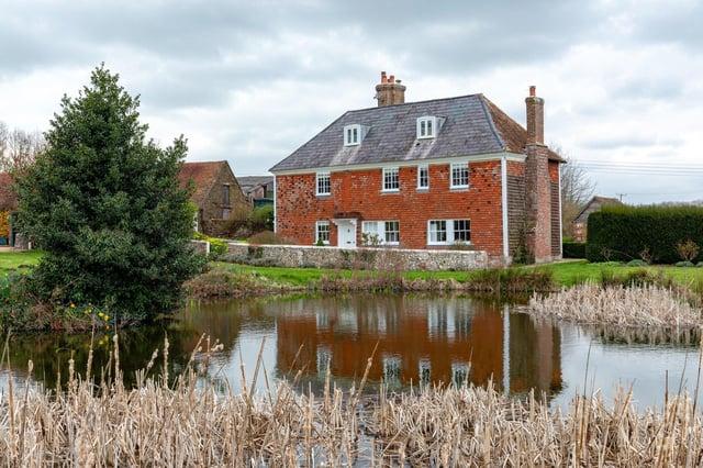 Jamie's Farm, Lewes SUS-210303-131056001