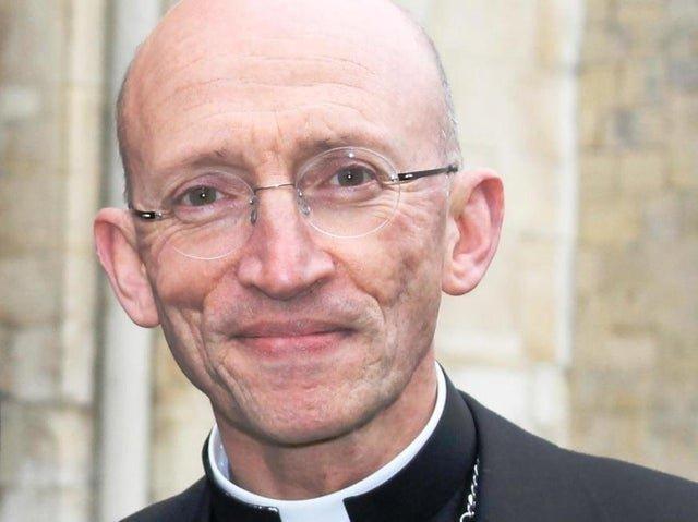 The Right Rev Dr Martin Warner, Bishop of Chichester SUS-210404-140058001