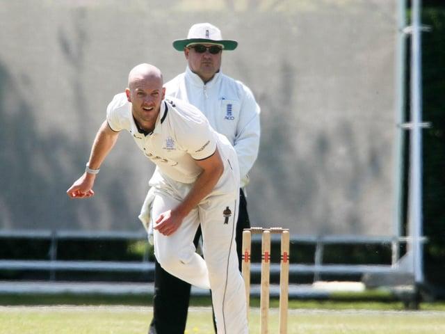 Lewis Hatchett took 3-9 for East Grinstead