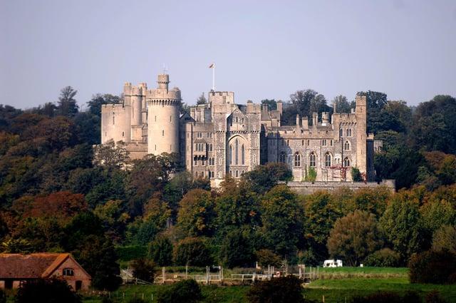 Arundel Castle SUS-210523-180612001