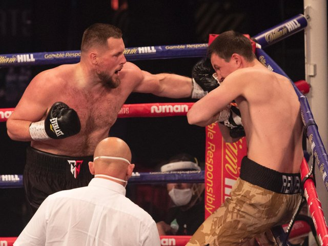Tommy Welch recorded a first round KO against Dmitrij Kalinovskij in Coventry