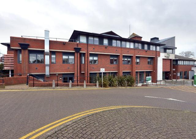 Wealden District Council offices, Hailsham SUS-170401-214707008