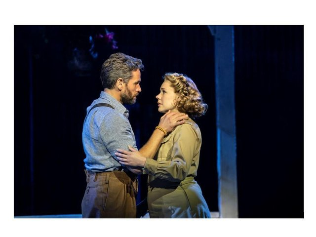 Gina Beck and Julian in South Pacific. Photo by Johan Persson