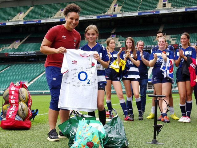 Lewes players meet members of England's Red Roses squad / Picture: Danny Simpson