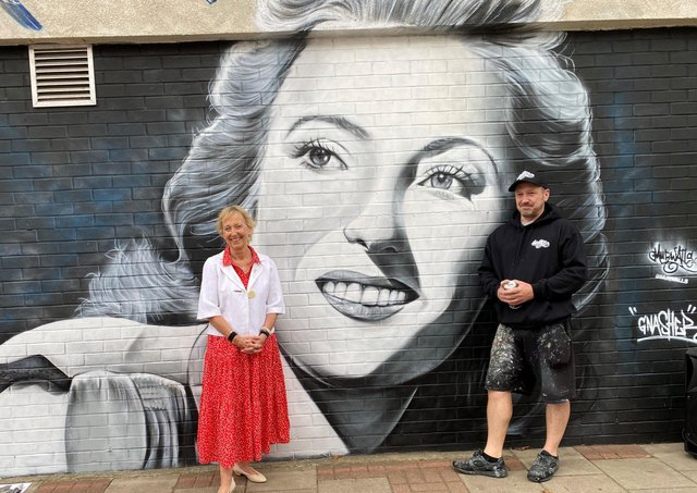 Virginia Lewis-Jones unveiled a mural of her mother Dame Vera Lynn in East Ham, where the iconic singer grew up, on Wednesday (July 14). The mural was created by Dave Nash, who is also known as the street artist Gnasher.